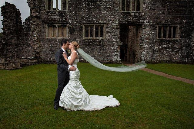 Devon Wedding Photography Berry Pomeroy Castle (32)