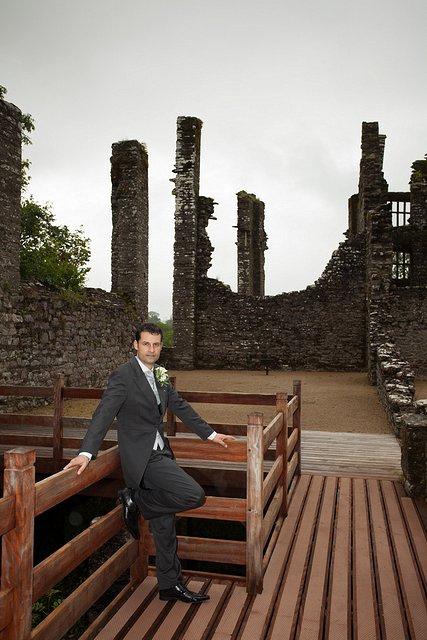 Devon Wedding Photography Berry Pomeroy Castle (34)