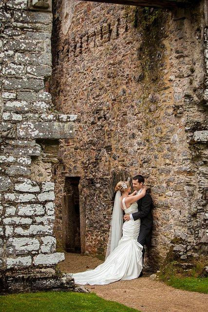 Devon Wedding Photography Berry Pomeroy Castle (35)