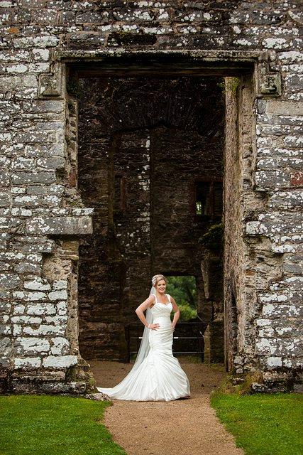 Devon Wedding Photography Berry Pomeroy Castle (37)