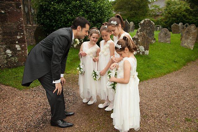 Devon Wedding Photography Berry Pomeroy Castle (12)