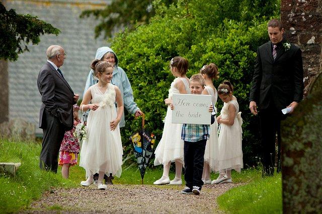Devon Wedding Photography Berry Pomeroy Castle (13)