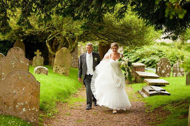 Devon Wedding Photography Berry Pomeroy Castle (14)