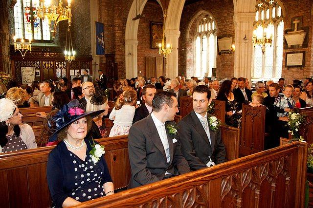 Devon Wedding Photography Berry Pomeroy Castle (16)