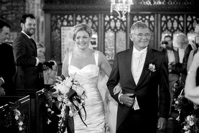 Devon Wedding Photography Berry Pomeroy Castle (17)