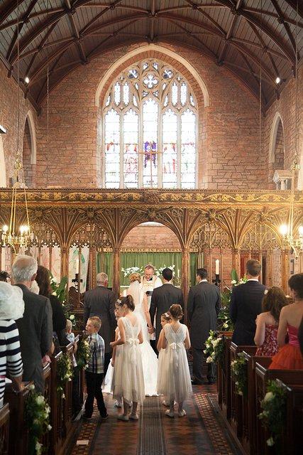 Devon Wedding Photography Berry Pomeroy Castle (21)