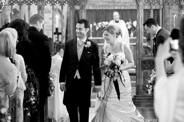 Devon Wedding Photography Berry Pomeroy Castle (24)