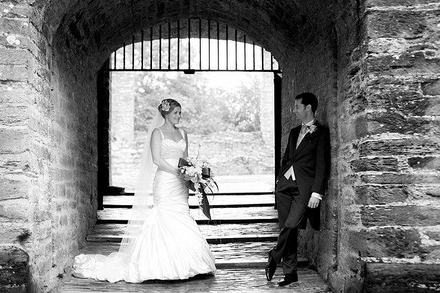 Devon Wedding Photography Berry Pomeroy Castle (30)