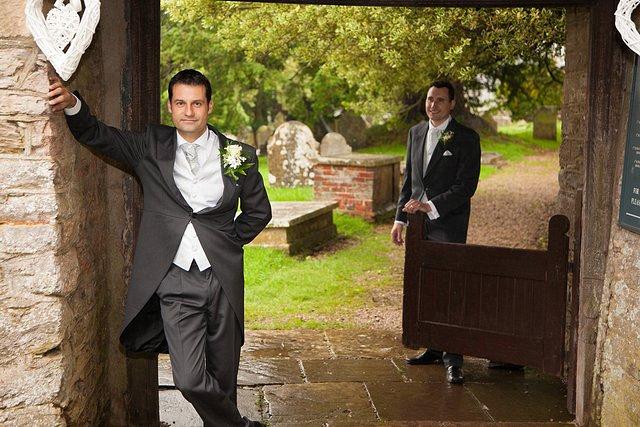 Devon Wedding Photography Berry Pomeroy Castle (8)