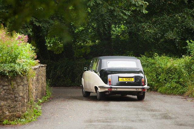 Devon Wedding Photography Berry Pomeroy Castle (28)